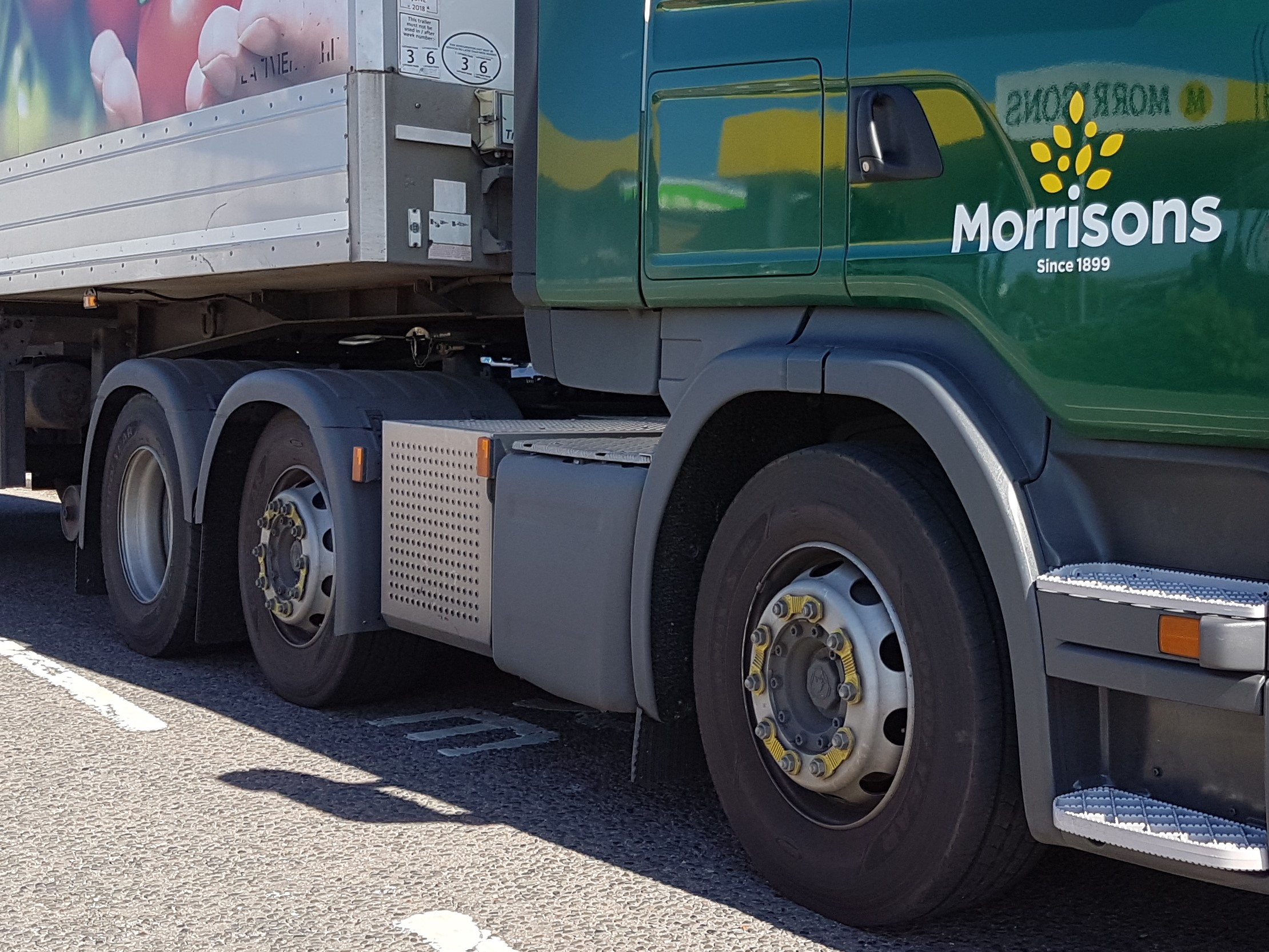 Morrison Supermarket Truck fitted with Zafety Lug Locks