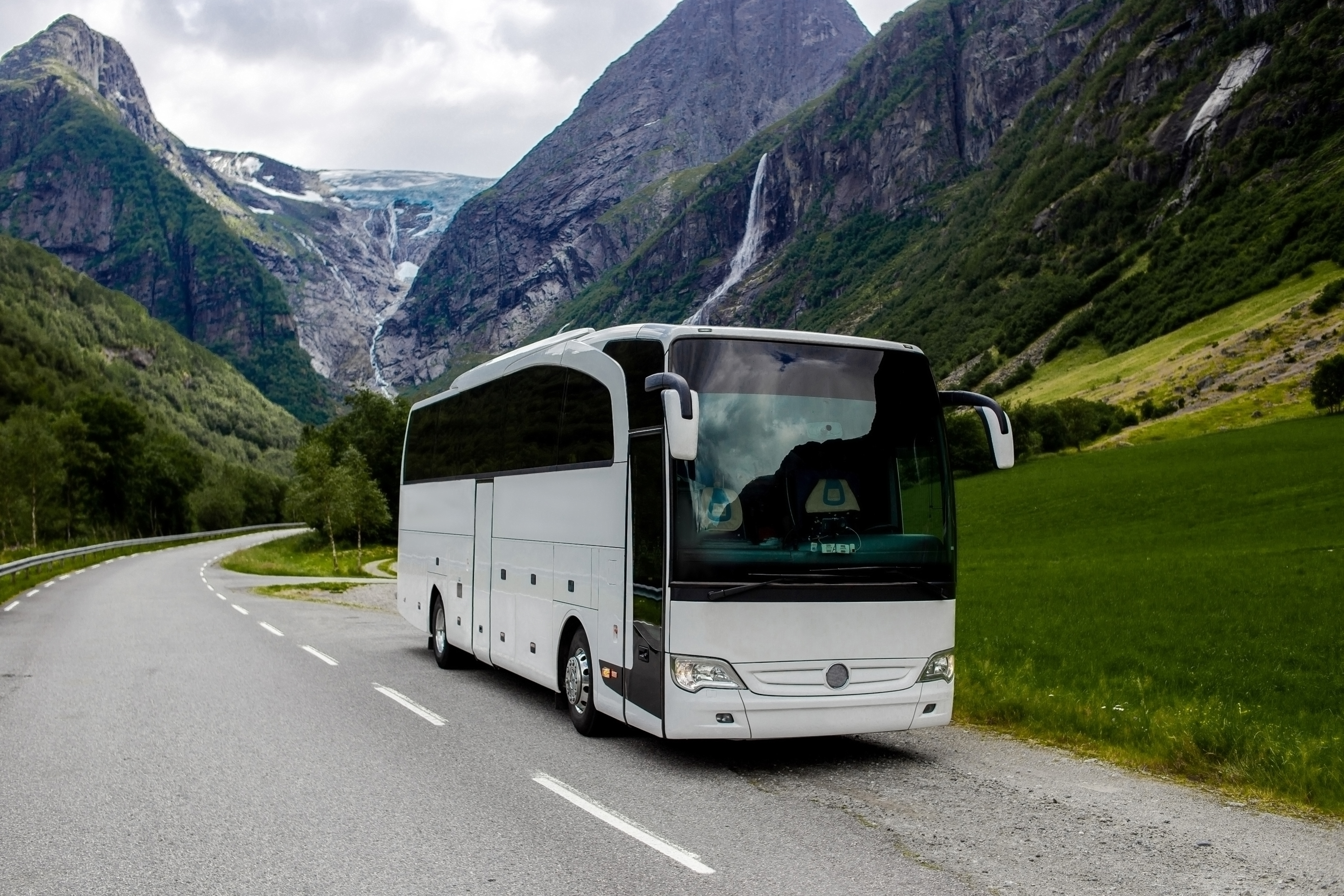 Coach in Layby